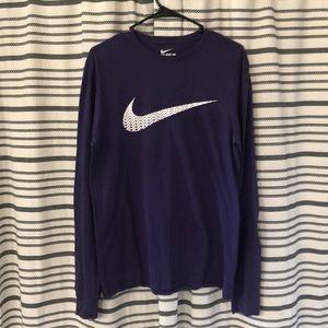 Nike long sleeve-tee